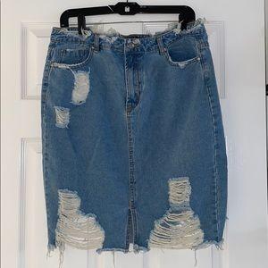 MISSGUIDED Distressed Denim Skirt